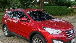 Red Hyundai Santa Fe 2014 for sale in Pasig