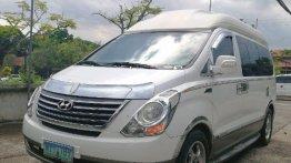 Selling White Hyundai Starex 2013 in Muntinlupa
