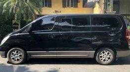 Selling Black Hyundai Grand Starex 2011 in Makati