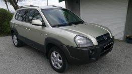 Silver Hyundai Tucson 2005 for sale in Manila