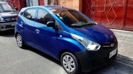 Selling Blue Hyundai Eon 2016 in Pasig