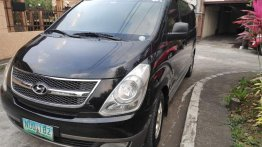 Selling Black Hyundai Grand Starex 2009 in Lipa