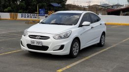 Pearl White Hyundai Accent 2018 for sale in Manila