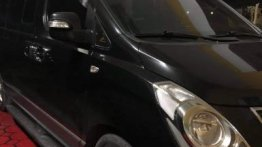 Selling Black Hyundai Starex 2011 in Guiguinto