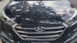 Selling Black Hyundai Tucson 2014 in Pasay