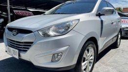 Silver Hyundai Tucson 2011