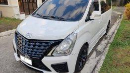 Sell 2015 Hyundai Grand Starex