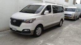 Selling White Hyundai Grand Starex 2019