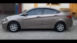 Selling Silver Hyundai Accent 2014 in General Trias