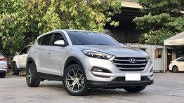 Selling Silver Hyundai Tucson 2016