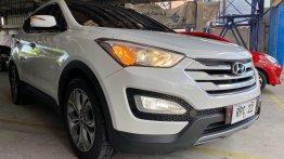 Selling Hyundai Santa Fe 2013