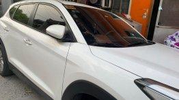 White Hyundai Tucson 2016 for sale in Manila