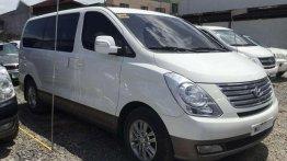 Selling White Hyundai Starex 2017 in Cainta