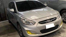 Pearl White Hyundai Accent 2014 for sale in Makati