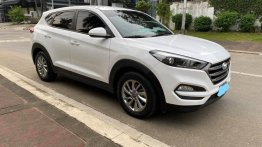Sell White 2016 Hyundai Tucson in Caloocan