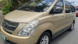 Beige Hyundai Starex 2009 for sale in Automatic