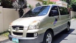 Silver Hyundai Starex 2005 for sale in Automatic