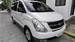White Hyundai Starex 2008 for sale in Automatic