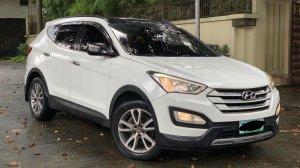 Selling White Hyundai Santa Fe 2013 in Quezon