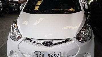 Selling White Hyundai Eon 2018 Hatchback in Manila
