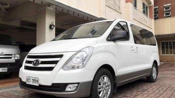 White Hyundai Starex 2019 for sale in Manila