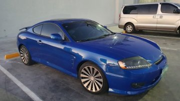 Sell Blue 2006 Hyundai Coupe Coupe / Roadster in Urdaneta