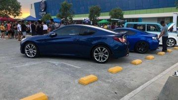 Sell Blue Hyundai Genesis in Plaridel