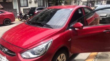 Selling Red Hyundai Accent 2017 in Parañaque
