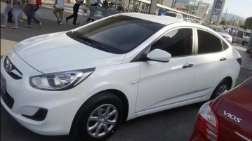 White Hyundai Accent 2014 for sale in Bauan