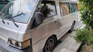 Silver Hyundai Grace 2000 for sale in Manila