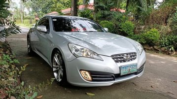 Sell Silver 2015 Hyundai Genesis in Quezon City