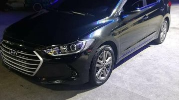 Sell Black 2016 Hyundai Elantra in Quezon City