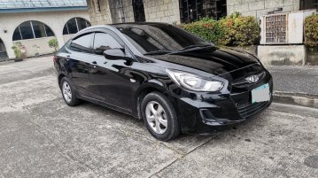 Black Hyundai Accent 2013 for sale in Manila