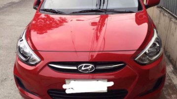 Red Hyundai Accent 2015 for sale in Quezon City