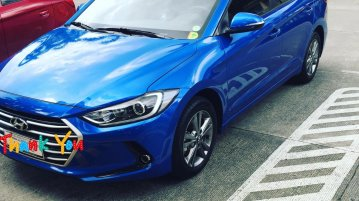 Selling Blue Hyundai Elantra 2016 in Manila