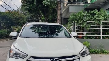 Sell White 2015 Hyundai Santa Fe in Quezon City