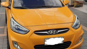 Selling Yellow Hyundai Accent 2014 in Quezon