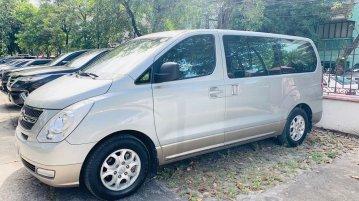 Selling Brightsilver Hyundai Grand Starex 2014 in Muntinlupa