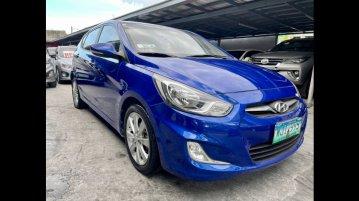 Blue Hyundai Accent 2013 for sale in Las Piñas