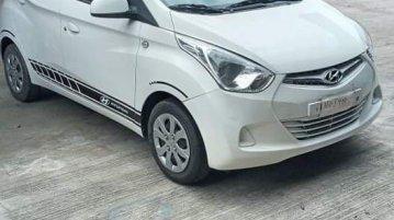 White 2018 Hyundai Eon