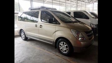 Selling Hyundai Grand Starex 2012 Van
