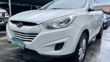 Selling Hyundai Tucson 2012