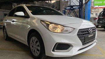 Selling White Hyundai Accent 2020 in San Fernando