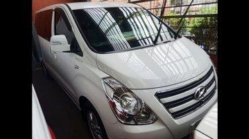 Sell2017 Hyundai Grand Starex Van in Quezon City
