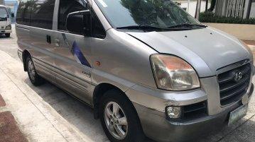 Selling Silver Hyundai Starex 2006 in Quezon