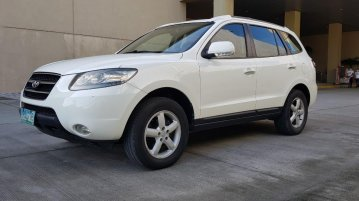 Selling White Hyundai Santa Fe 2009 in Las Piñas