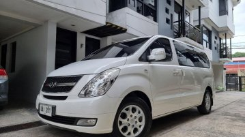 Pearl White Hyundai Starex 2013 for sale in Quezon