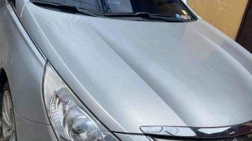 Brightsilver Hyundai Sonata 2012 for sale in Quezon