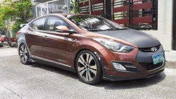 Selling Brown Hyundai Elantra 2012 in San Fernando