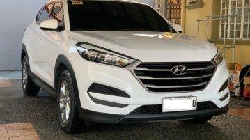 Selling Pearl White Hyundai Tucson 2016 in Silang